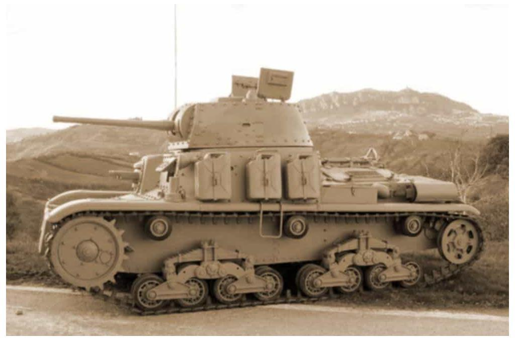 A side view of the Fiat M15/42.
