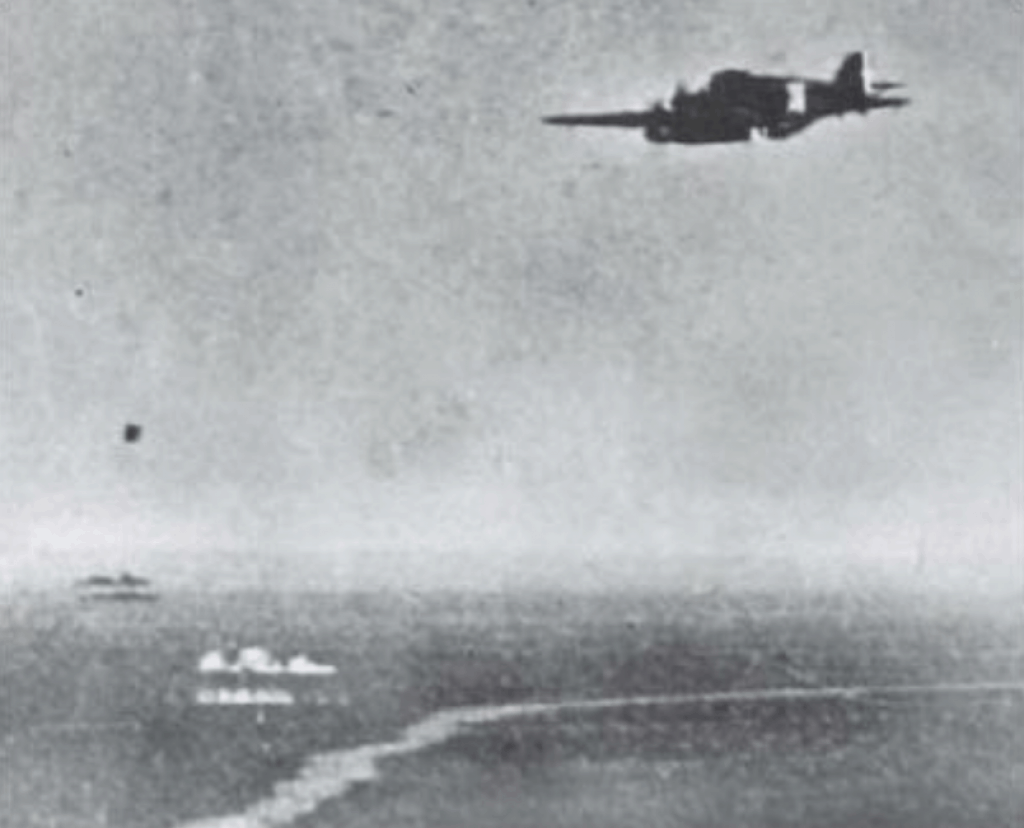 A 132° Gruppo Savoia-Marchetti SM.79 approaches the Operation Pedestal convoy destined for Malta. The sinking of the HMS Foresight was credited to three SM.79's in this attack.