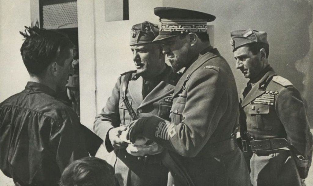Benito Mussolini meets with Governor Balbo in Libya.