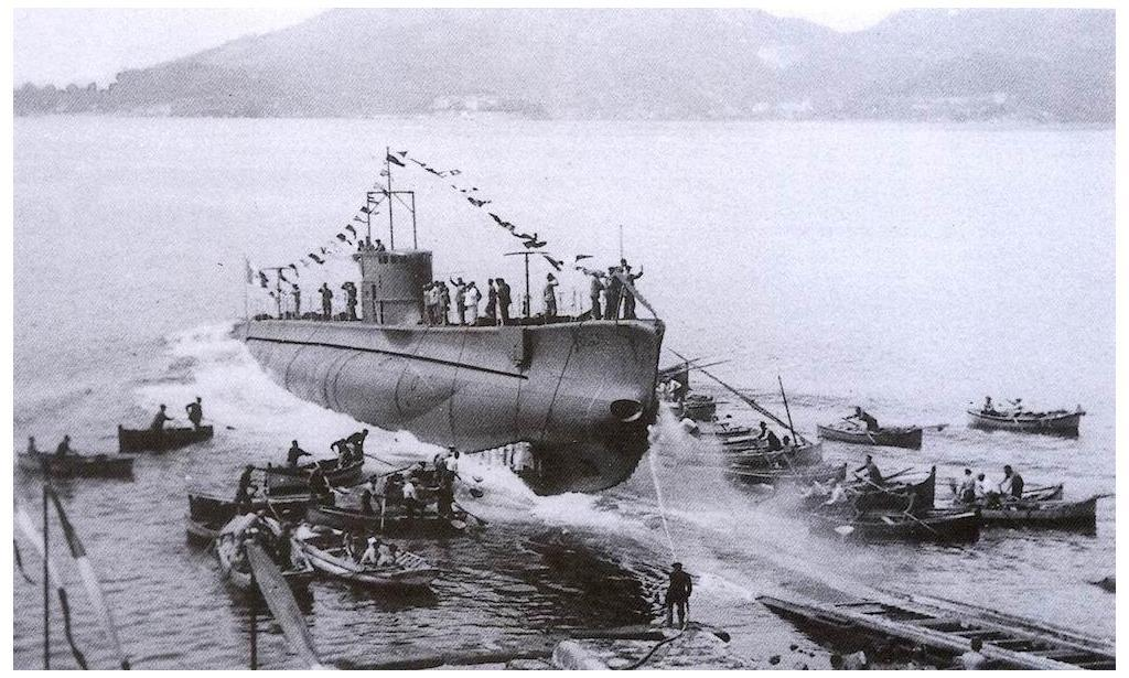 Launching of the Italian submarine Beilul on 22 May 1938. Fate of Regia Marina