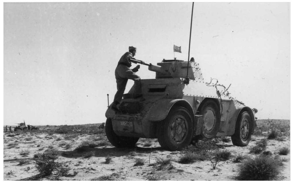 An AB 41 of the 3rd Armored Group, Nizza Cavalry, Ariete Division in Libya during the summer of 1942.