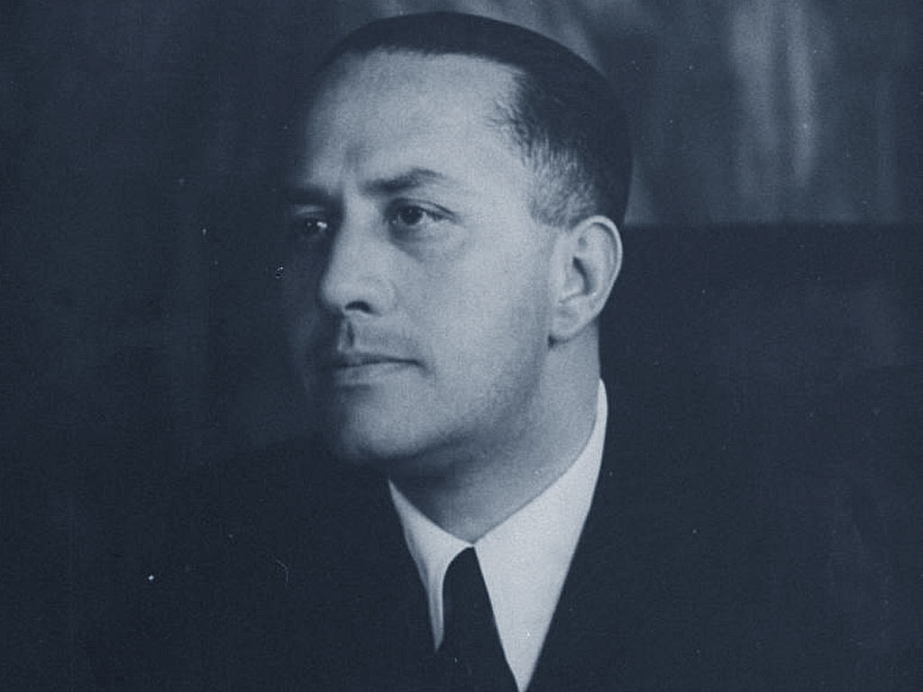 Gian Galeazzo Ciano kept a diary of his activities as Foreign Minister.