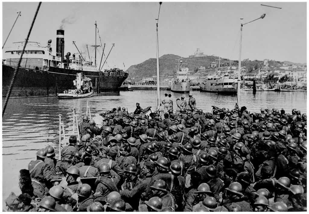 Bersaglieri preparing to disembark from the port of Durazzo during invasion of Albania.