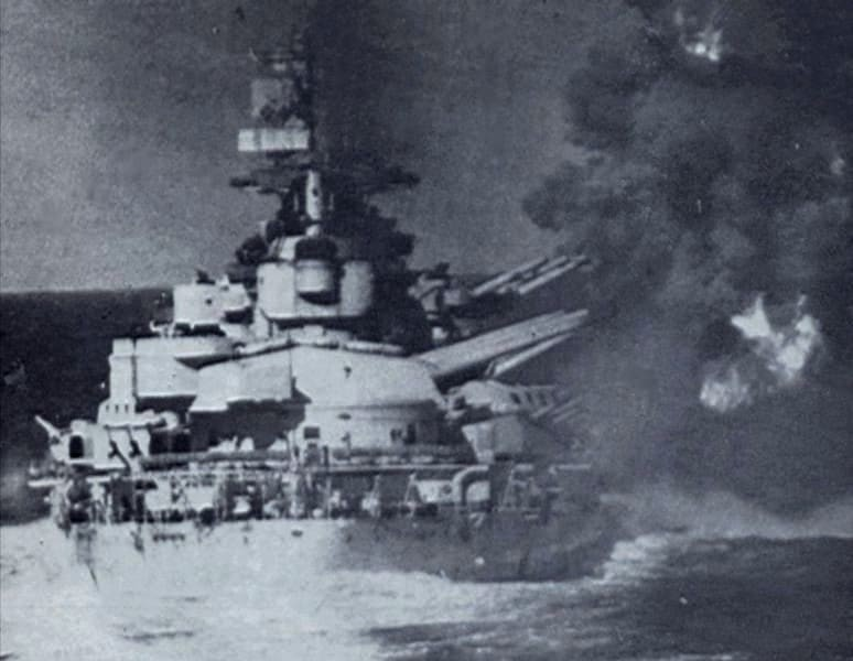 Italian Battleship Vittorio Veneto opens fire at the Battle of Gaudo.