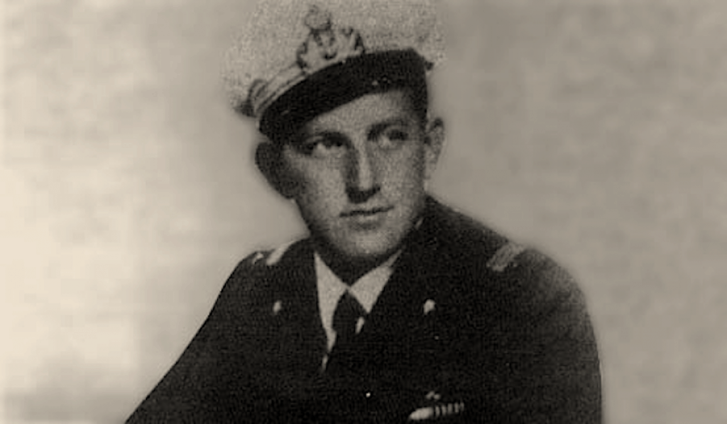 Luigi Durand de la Penne and British frogmen conducted an attack at La Spezia in 1944.