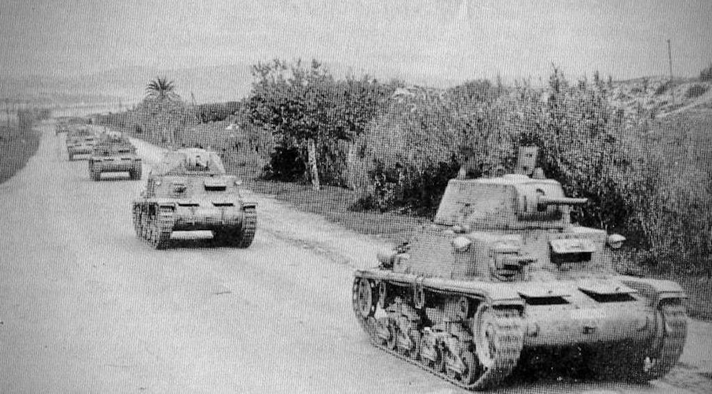 A column of Fiat- Ansaldo M14/41's in Tunisia.