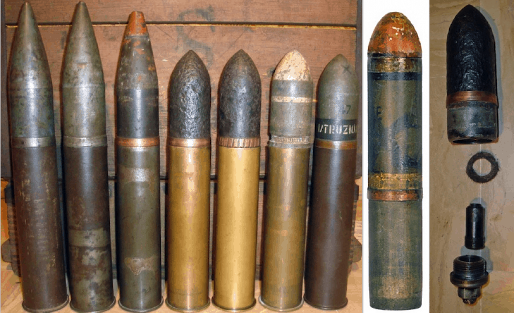 Various types of ammunition used by the cannone da 47/32.