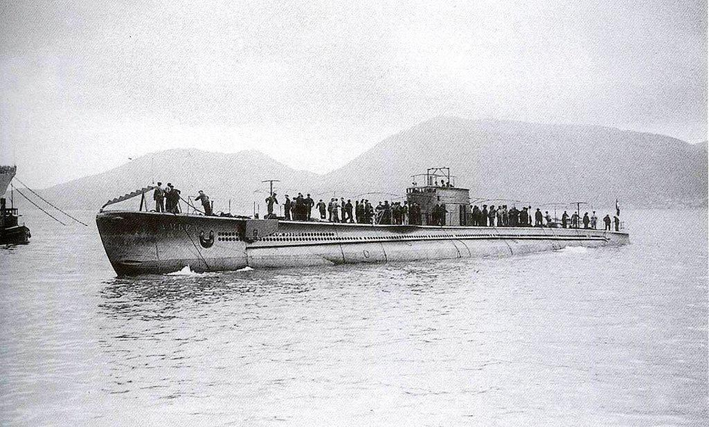The smg. Ambra after its commissioning in 1936.