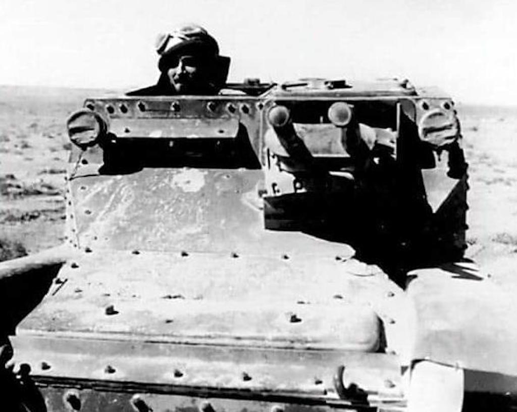 A Carro Veloce CV 35 or L3/35 tankette in North Africa, 1941.