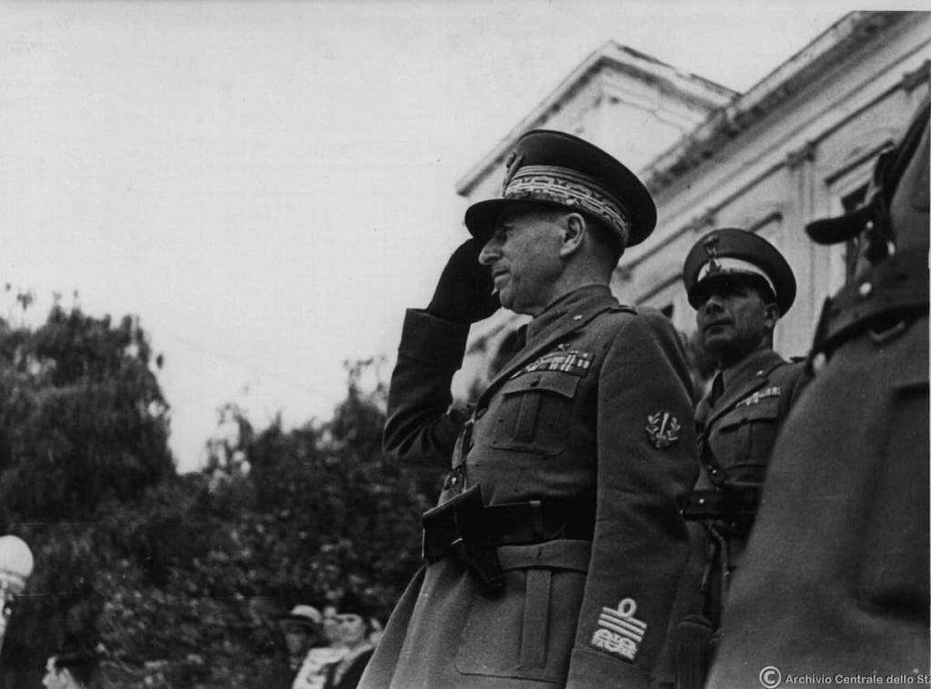 General Ettore Bastico visits Syros during the summer of 1941. Image: Archivio Centrale dello Stato.