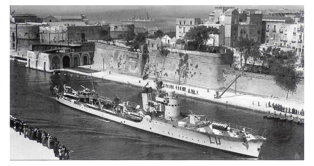A photo of Lupo following the clash with HMS Ajax, Orion and Dido. Note the damages to the hull.
