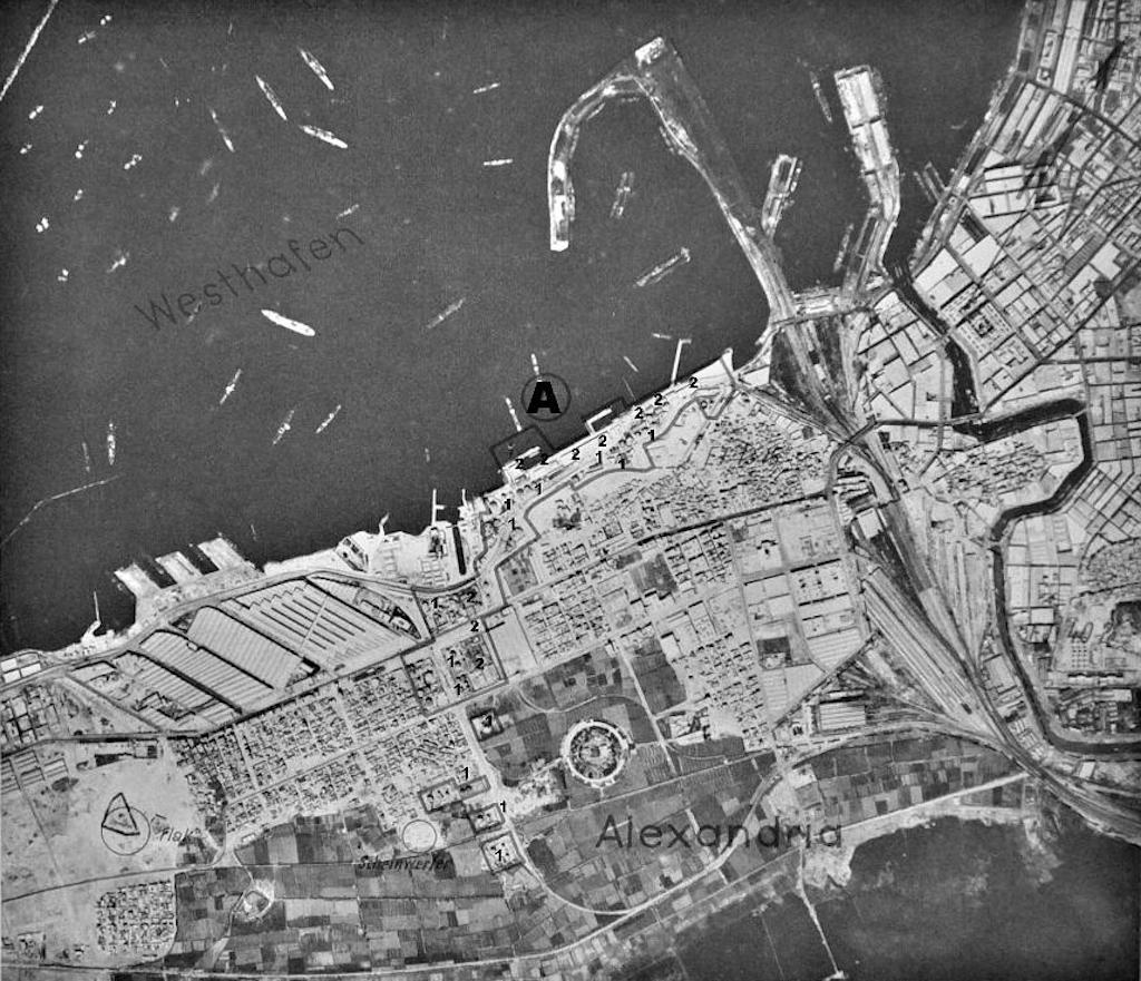 A 1938 German aerial photograph of Alexandria harbor.