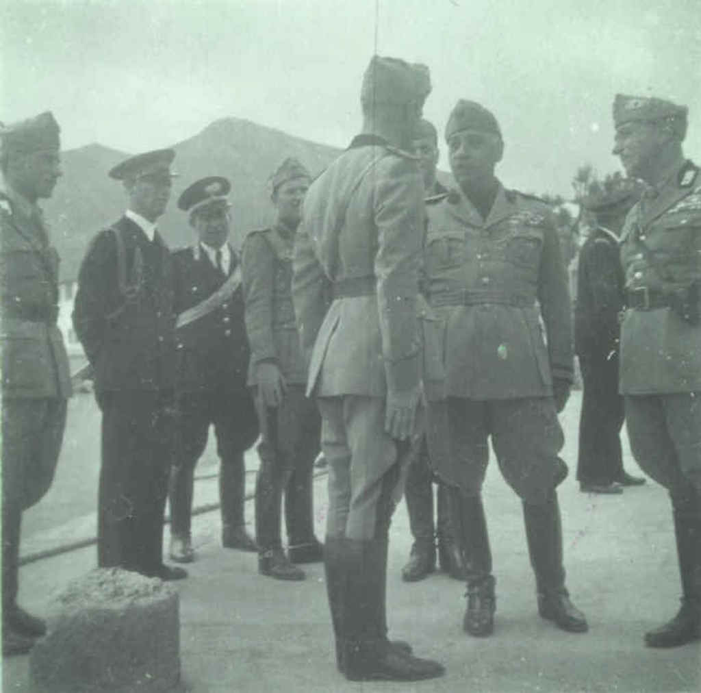 Governor of the Italian Aegean -General Cesare De Vecchi (center) on an inspection tour in the Dodecanese. Admiral Biancheri stands to left in the picture.