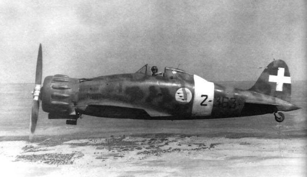 Macchi C.200 Saetta in the air.