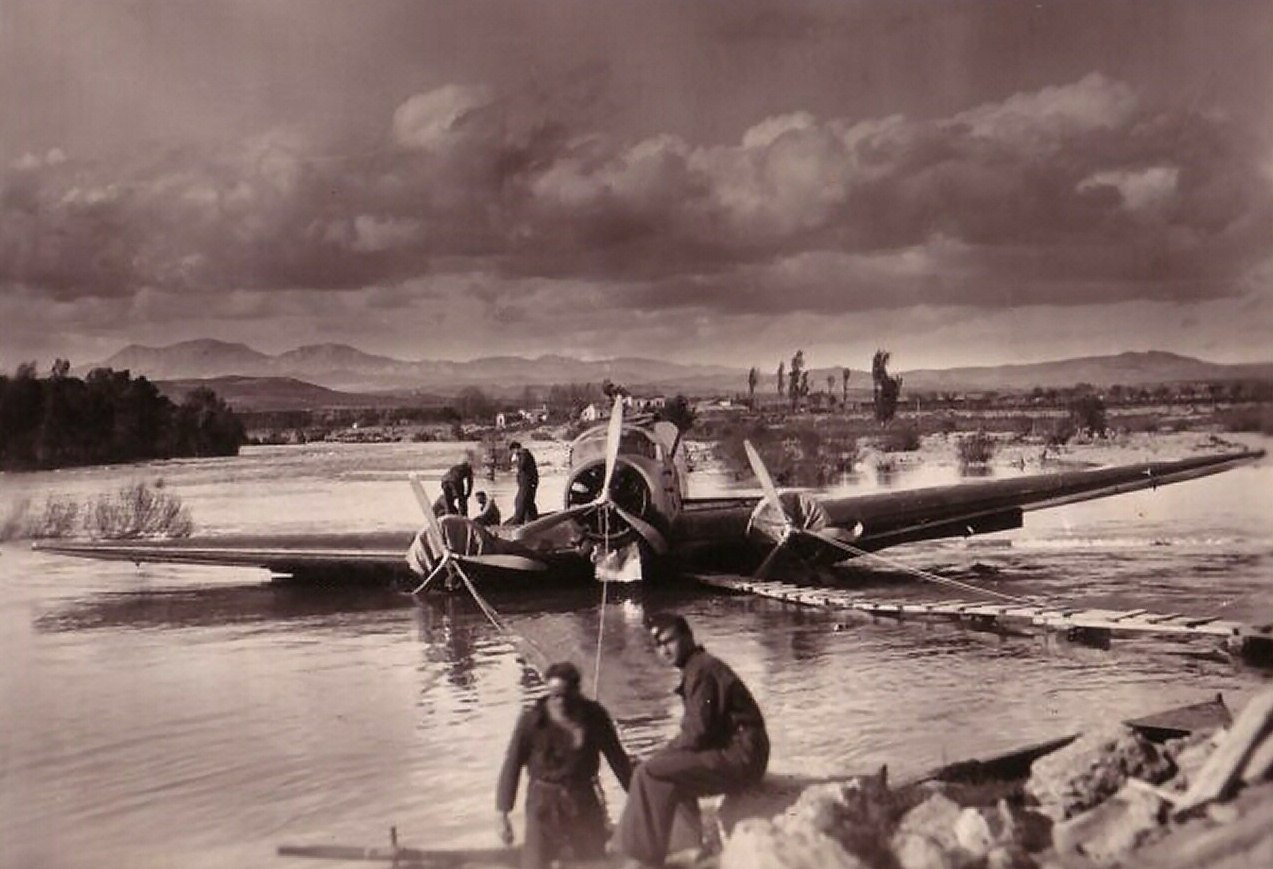 An SM.81 that crashed in a river.