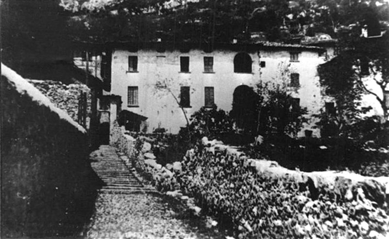 The De Maria farmhouse, where Petacci and Mussolini spent their last night together. c. 1945.