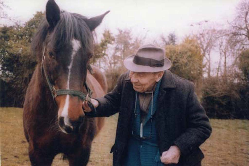 Guillet in Kentstown, Ireland with his horse. Image: Sabrina De Canio