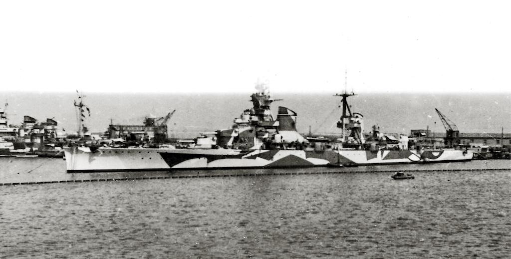 The Trento in 1942. HMS Umbra sank her in Operation Vigorous.